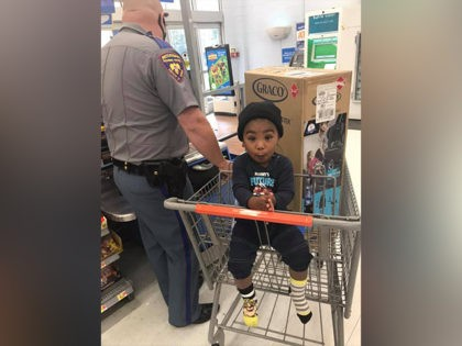 VIDEO: Trooper Gives Mom Tickets, Then Buys Car Seat for Her Child: 'I Wanted to Help'
