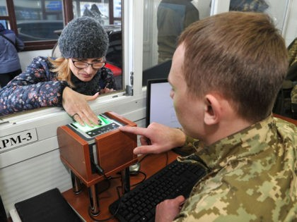 Russia to Catalogue Foreigners in Police Biometric Database