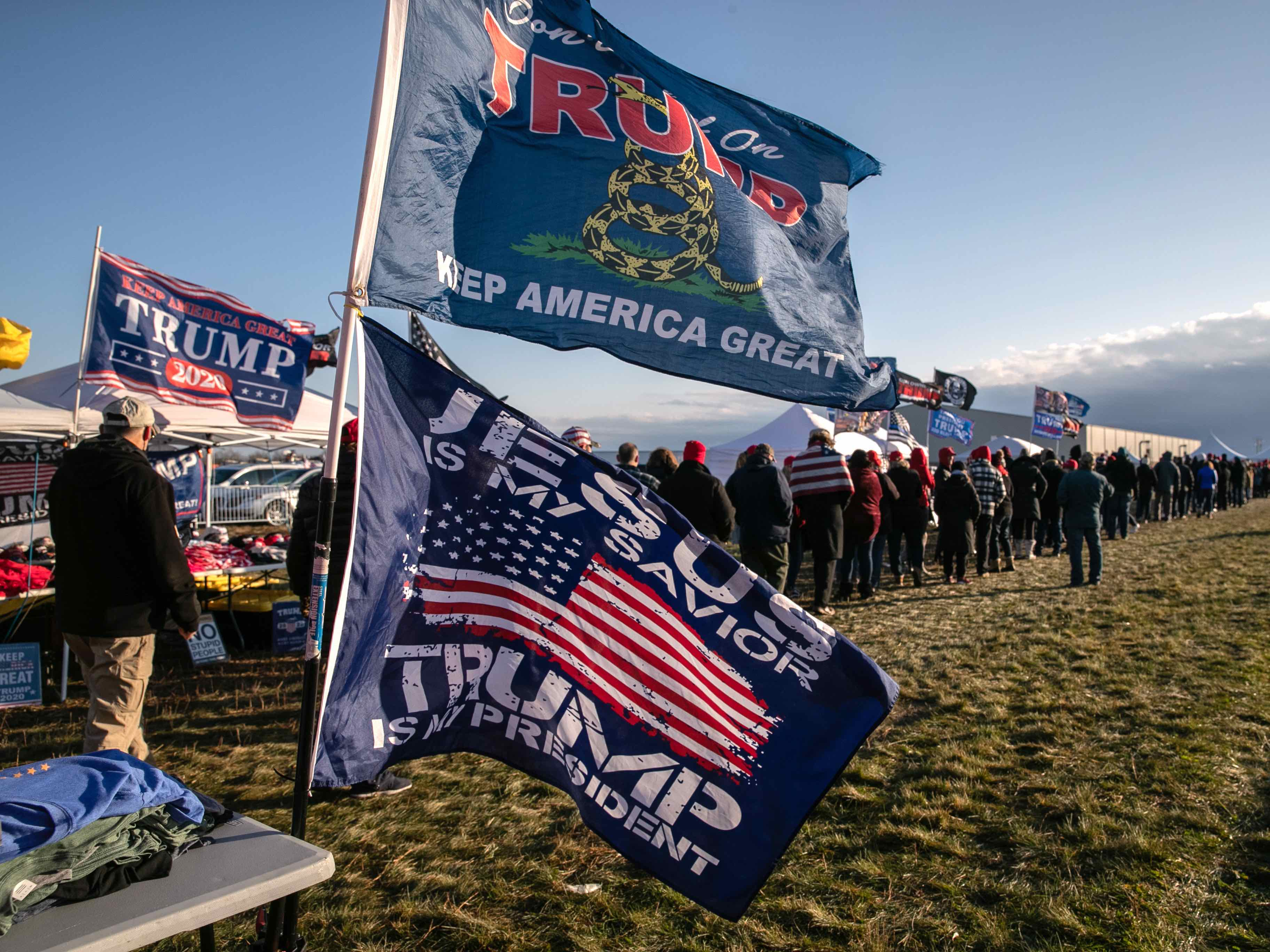 Trump rally line Michigan (John Moore / Getty)