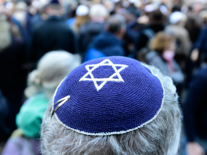 Rabbi Attacked by Knife-wielding Woman in Vienna, Austria