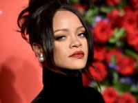 Rihanna Sends Support to 'Mourning' Native Americans On Thanksgiving
