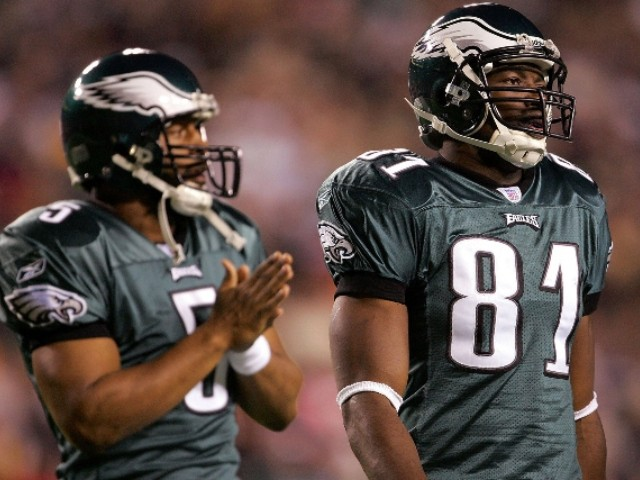 Terrell Owens Says Donovan McNabb Was Drinking Night Before Super Bowl Puking Incident