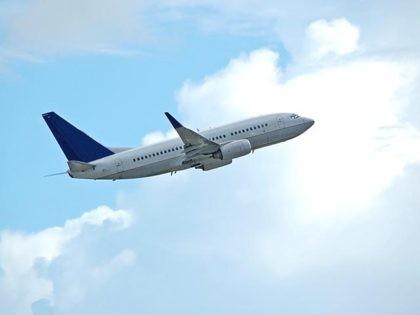 Boeing 737-800 passenger jet
