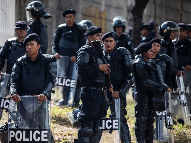 Riot police deploy in the streets after the Nicaraguan opposition called for a protest in Managua on February 25, 2020. - Nicaraguan opposition presented a coalition made up of seven groups opposed to the government of Daniel Ortega, and asked for more support to face the president in the 2021 …