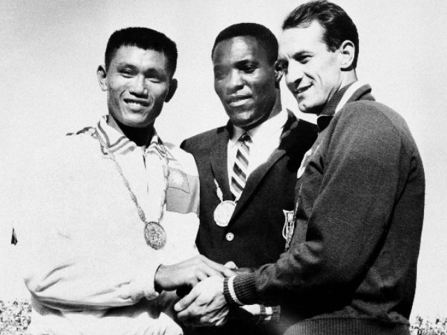 Rafer Johnson, who Won the Decathlon at the 1960 Olympics and Helped Subdue Robert F. Kennedy's Assassin, Has Died