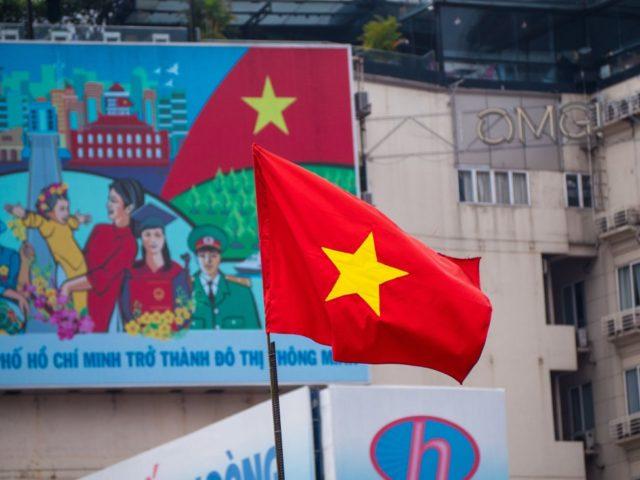 USA brands Vietnam, Switzerland as currency manipulators