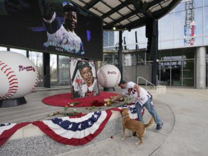Hank Aaron's Death Prompts Activists to Call for Changing Braves Name to Hammers