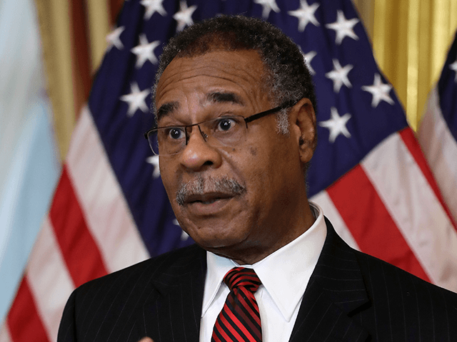 Rep. Emanuel Cleaver Concludes Opening Prayer for 117th Congress: 'Amen and Awomen'