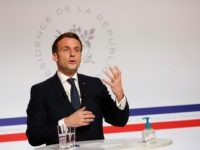 Macron Declares Modern Capitalism 'Can No Longer Work' at Davos