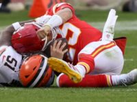 Chiefs' Pat Mahomes Leaves Game After Taking Vicious Hit