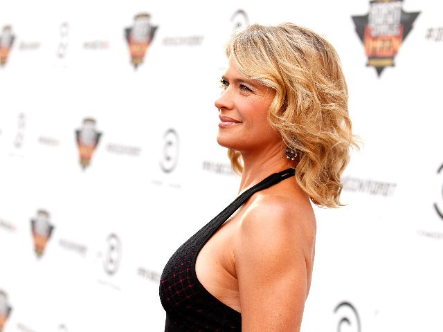 LOS ANGELES, CA - SEPTEMBER 10: Actress Kristy Swanson arrives at Comedy Central's Roast of Charlie Sheen held at Sony Studios on September 10, 2011 in Los Angeles, California. (Photo by Christopher Polk/Getty Images)