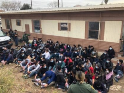 71 migrants found in a crowded mobile home near the Texas border with Mexico. (Photo: U.S. Border Patrol/Rio Grande Valley Sector)
