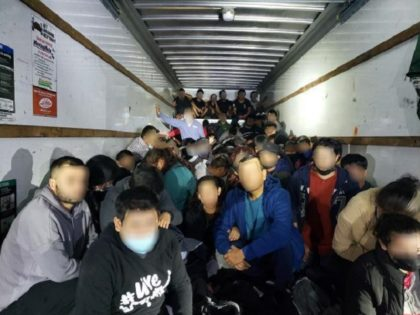 Border Patrol agents find 114 illegal aliens locked in a U-Haul box truck in Laredo, Texas. (Photo: U.S. Border Patrol/Laredo Sector)
