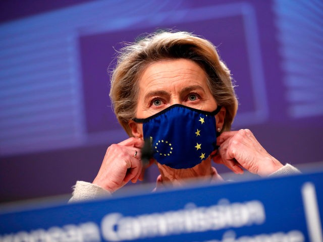 European Commission President Ursula von der Leyen prepares to address a media conference on Brexit negotiations at the EU headquarters in Brussels, on December 24, 2020. - Britain said on December 24, 2020, an agreement had been secured on the country's future relationship with the European Union, after last-gasp talks …