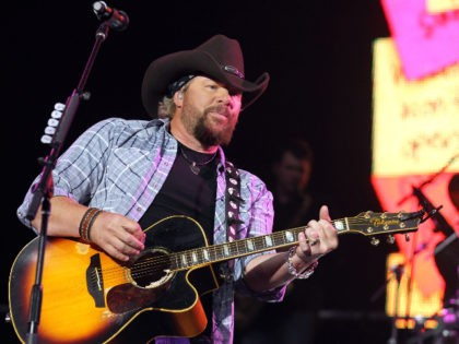 INDIO, CA - APRIL 25: Musician Toby Keith performs during day 2 of Stagecoach: California's Country Music Festival 2010 held at The Empire Polo Club on April 25, 2010 in Indio, California. (Photo by Christopher Polk/Getty Images)