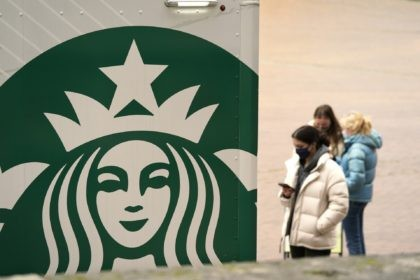Starbucks' recovery, solid in China, still slow in the US