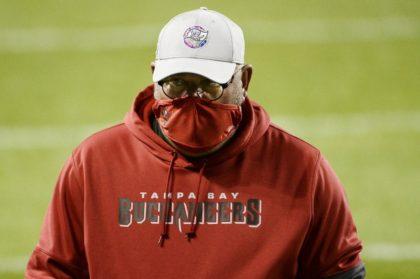 Arians warns Buccaneers about thinking ahead to home-field Super Bowl