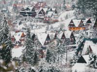 Lockdown Rebellion: Highlanders in Poland's 'Winter Capital' to Reopen Hundreds of Businesses