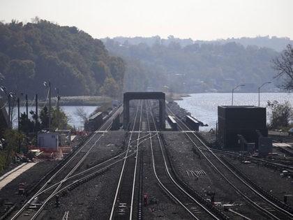 The Metro-North Railroad's Hudson Line leaves the Croton–Harmon station in Croton-on-Hudson, N.Y., Wednesday, Nov. 2, 2016. (AP Photo/Seth Wenig)