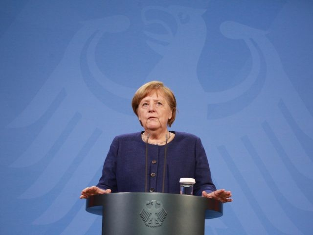 'Everyone Agreed' on Vaccine Passports, Says Merkel at EU Coronavirus Summit