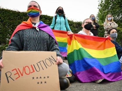 EDINBURGH, SCOTLAND - AUGUST 10: Members of the Scottish Polish community demonstrate outside the Polish Consulate to protest against the arrest of a transgender activist who had carried out acts of civil disobedience against rising homophobia in Poland on August 10, 2020 in Edinburgh,Scotland. (Photo by Jeff J Mitchell/Getty Images)