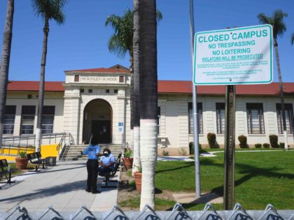 LAUSD closed (Robyn Beck / AFP / Getty)
