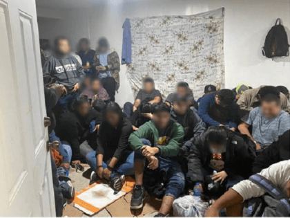 71 Migrants Found in Texas Human Stash House near Border