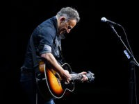 Prosecutors Drop DWI Charges Against Bruce Springsteen, Fined $540