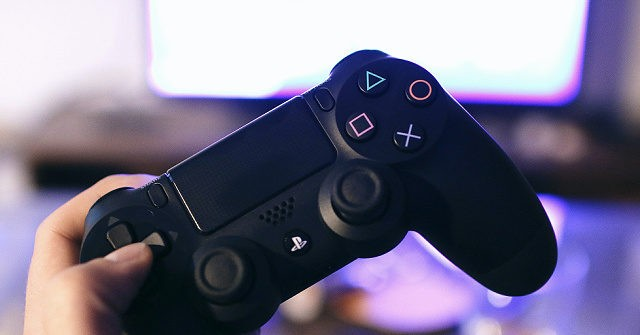 Lawmaker Fights Rising Chicago Carjackings by Banning Video Games