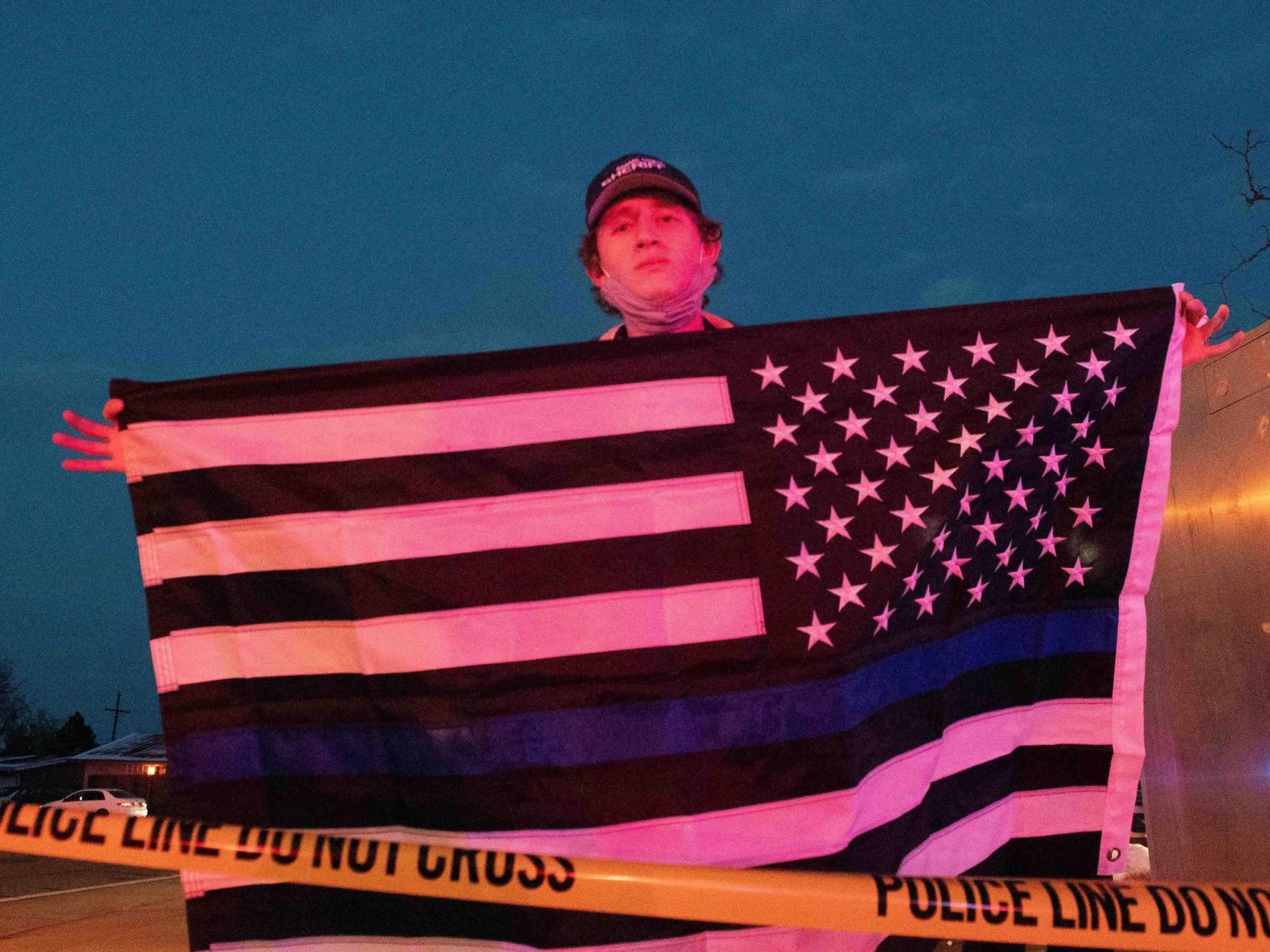 Blue Lives Matter flag Boulder (Jason Connolly / AFP / Getty)
