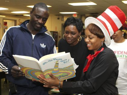 Dr. Seuss Akon (Mike Zarrilli / Getty)