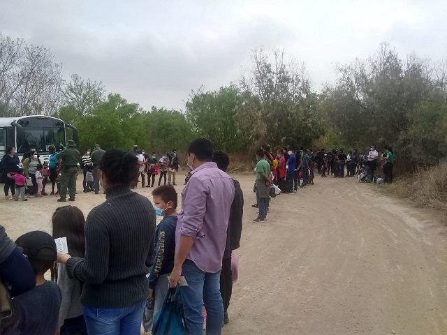Border Patrol agents in South Texas apprehended five large groups of migrants that included 539 people. (Photo: U.S. Border Patrol/Rio Grande Valley Sector)