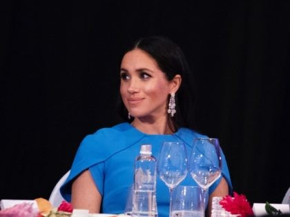 SUVA, FIJI - OCTOBER 23: Meghan, Duchess of Sussex attends the State dinner on October 23, 2018 in Suva, Fiji. The Duke and Duchess of Sussex are on their official 16-day Autumn tour visiting cities in Australia, Fiji, Tonga and New Zealand. (Photo by Ian Vogler - Pool/Getty Images)