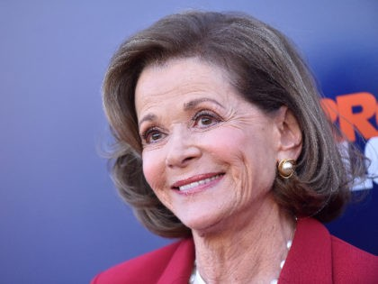 Actress Jessica Walter attends the Netflix Arrested Development Season 5 Premiere in Los Angeles, California, on May 17, 2018. (Photo by LISA O'CONNOR / AFP) (Photo credit should read LISA O'CONNOR/AFP via Getty Images)