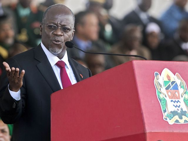 Tanzania's newly elected president John Magufuli delivers a speech during the swearing in ceremony in Dar es Salaam, on November 5, 2015. (Daniel Hayduk/AFP via Getty Images)