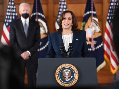 Kamala Harris (Eric Baradat / AFP / Getty)