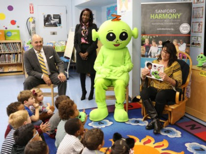 Brooklyn kindergarten teacher Nicole Lopez of P.S. 282 does a class lesson after receiving a $10,000 award as an inaugural recipient of the National University System- Sanford Teacher Award, surrounded by National University System Chancellor Dr. Michael R. Cunningham and Assistant Principal Katerina Sidbury, on Tuesday, Oct. 23, 2018, in …