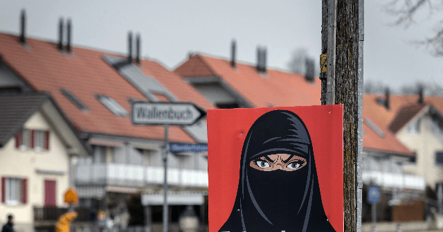 Swiss People Vote for 'Burqa Ban' in National Referendum