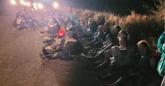 10K Migrants Apprehended in One Week in Single Texas Border Sector, Says Democrat Congressman