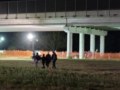Tent Camp for Migrants with COVID in Texas Border City Relocates to Rio Grande