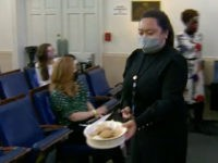 Journalists Thank Jen Psaki After She Passes Out Cookies in Briefing Room