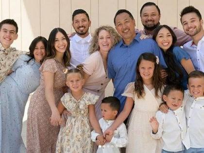 Couple Adopts 7 Children