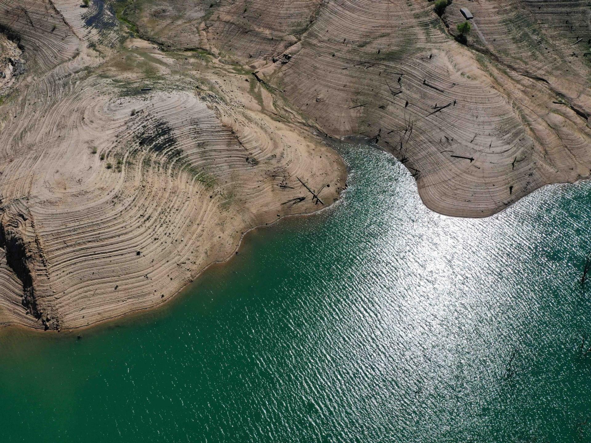Dry Lake Oroville 2021 c (Justin Sullivan / Getty)