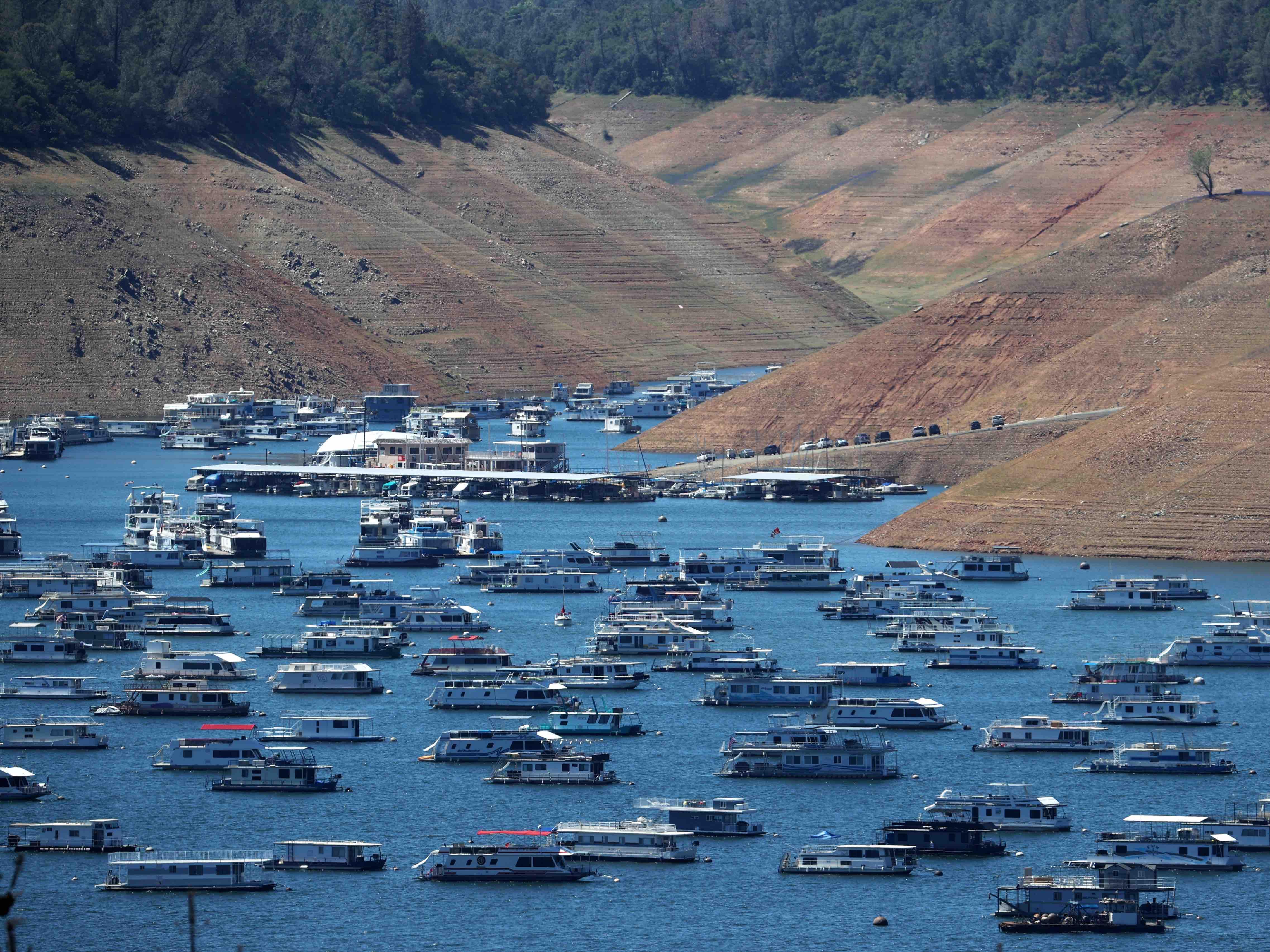 Dry Lake Oroville 2021 d (Justin Sullivan / Getty)