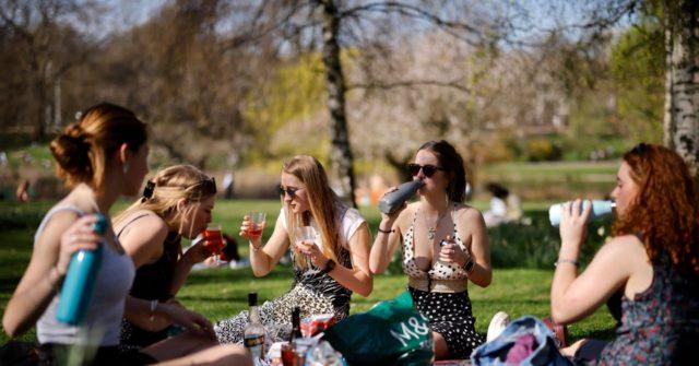 UK Govt Walks Back 'Third Wave' Claim, No Corona Surge Expected this Summer - Breitbart