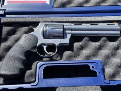 Colt Anaconda .44 Magnum.