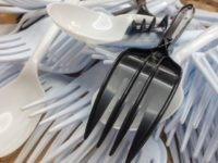 Los Angeles to Crack Down on Disposable Napkins, Utensils in Restaurants