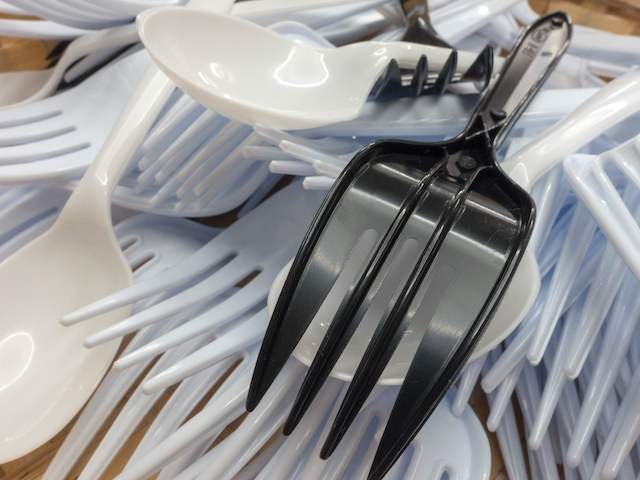 Plastic utensils are seen September 19, 2016, in Washington, DC. (PAUL J. RICHARDS/AFP via Getty Images)