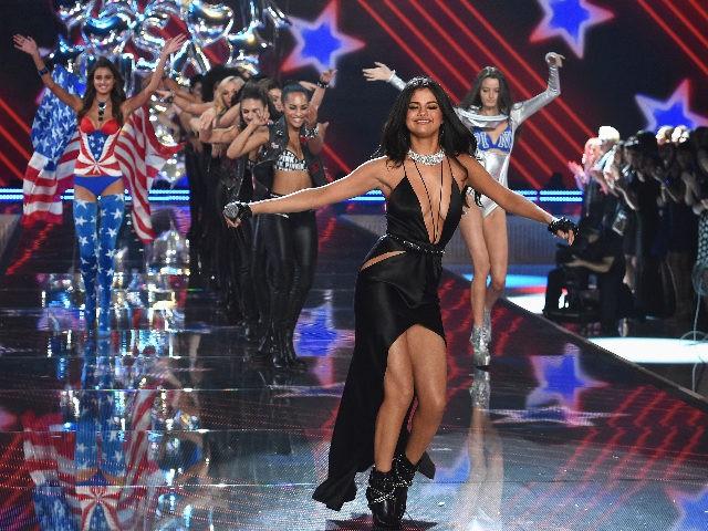 Selena Gomez to Host Celebrity Studded Multi-Network Concert Promoting Coronavirus Vaccine