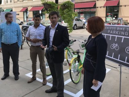 """""""A year into @limebike 's time in South Bend we've had nearly 300,000 rides and over 40,000 individual riders. Today we celebrated by announcing a pilot for dockless bike share parking at three locations around the City."""" @PeteButtigieg/Twitter"""